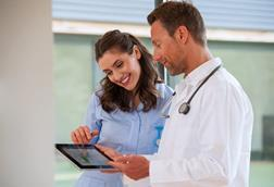EncoreAnywhere doctors with screen